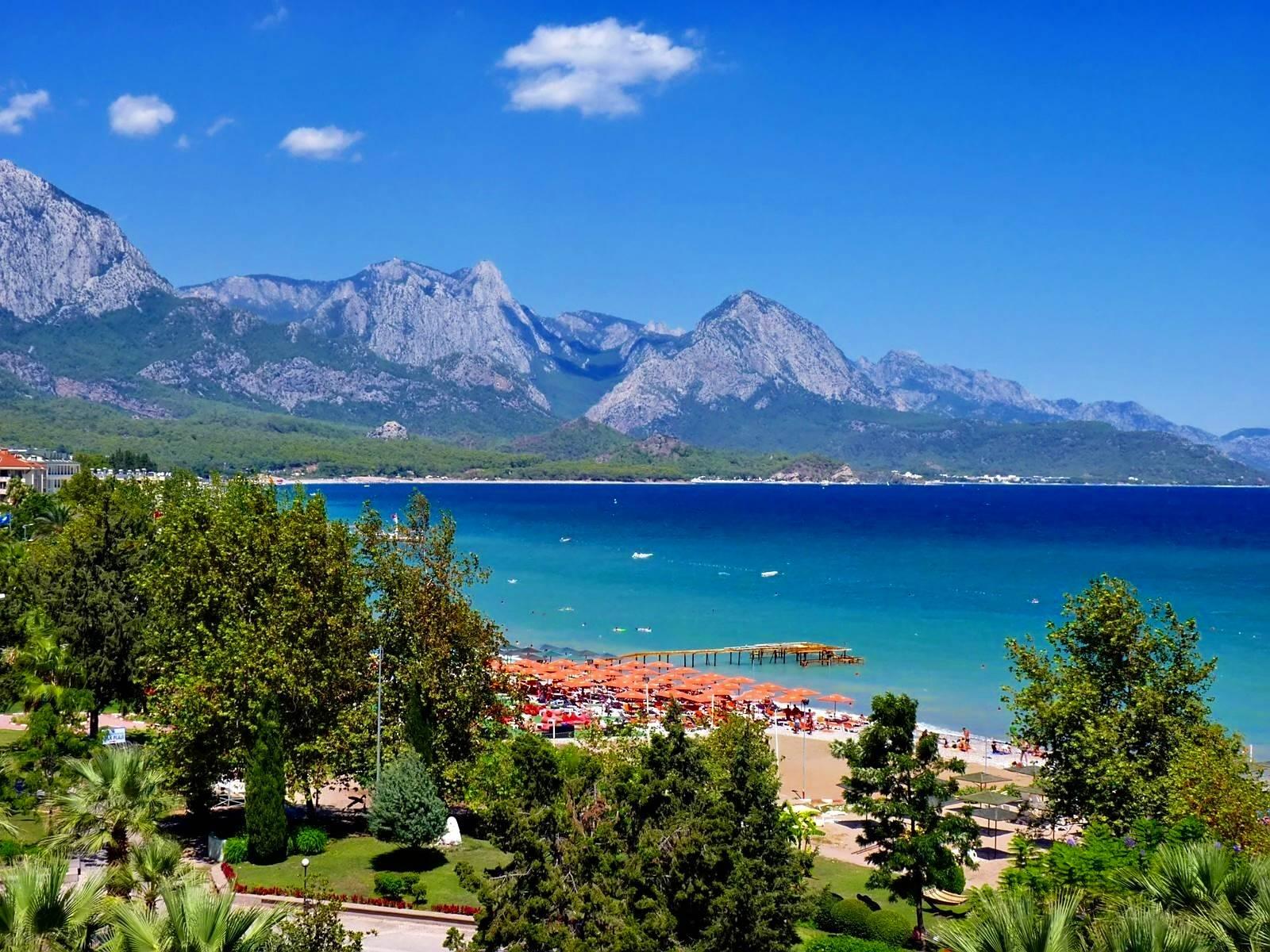 summer-holidays-sea-shore-antalya