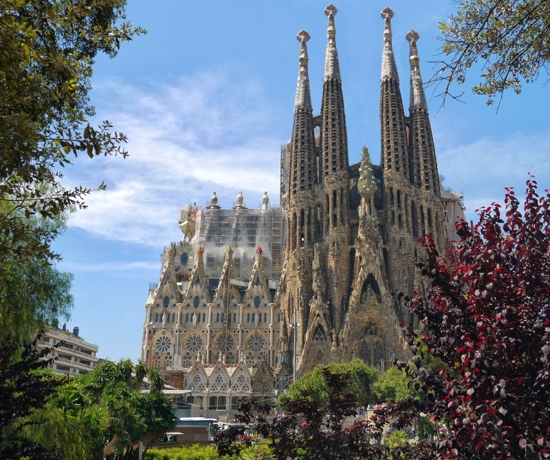 sagrada-familia-cathedral-architecture-monument